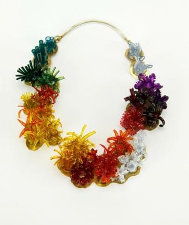 Safira Blom, Underwater World: Neckpiece 23 x 17 x 4 cm Brass, PVC: hand cut and dyed, fabricated